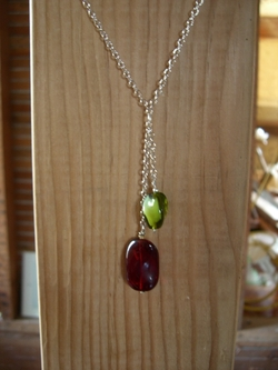 Lulu necklace2.JPG