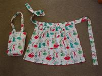 wendy apron (Small).JPG
